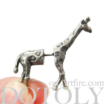 Fake Gauge Earrings: Realistic Giraffe Shaped Animal Faux Plug Stud Earrings in Silver