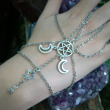 pentacle slave bracelet Triple moon hand chain in  Wicca wiccan witch magic  style