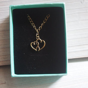 Custom necklace, heart necklace, vintage bronze heart chain Necklace, heart to heart pendant necklace, with gift box