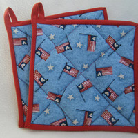 Quilted Patriotic Flag Potholders - Set of 2
