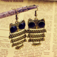 Fashion the owl earrings, ancient bronze earring, extreme temptation girl earrings