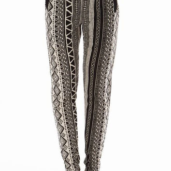 Black White Printed 2 Pocket straight Bottom Pants
