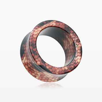 A Pair of Dekayi Snake Skin Print Acrylic Ear Gauge Tunnel Plug