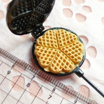 Waffle Mold Mould Heart Shaped Waffle Maker Decoden Kawaii Miniature Sweets Food Jewelry Cabochon Charms (Resin Clay, Paper Clay)