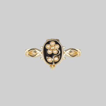 SOLEMN. Pearl Floral Poison Gold Ring – REGALROSE