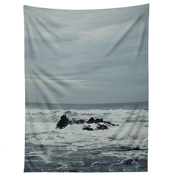 Chelsea Victoria Ocean Rock Crash Tapestry
