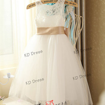 38c91276f921 Ivory Lace Keyhole Tulle Flower Girl Dress Childre.