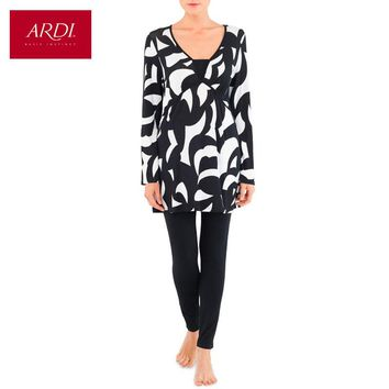 Home clothing consists of a tunic and leggings of viscose