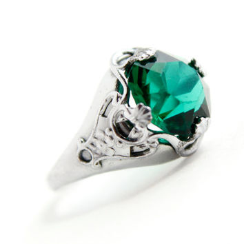Antique Art Deco Silver Tone Emerald Green Ring - Vintage Size  sc 1 st  wanelo.co & Best Deco Costume Jewelry Products on Wanelo