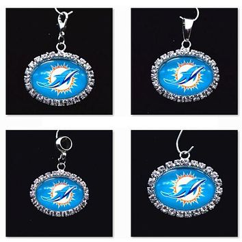 Silver Pendant Charms Rhinestone Miami Dolphin Charms for Bracelet Necklace for Women Men Football Fans Paty Fashion 2017