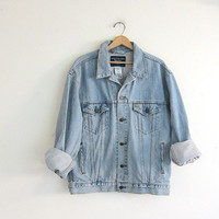 faded Vintage LEVIS denim jean jacket / size large