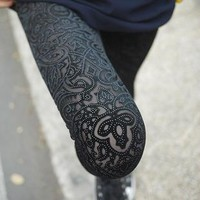 shipping B41 new spring new extravagance pattern gold velvet leggings nine points Hollow lace flower