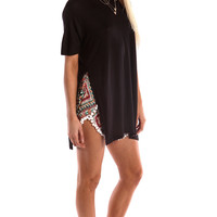 SHORT SLEEVE TUNIC WITH SIDE SLITS - BLACK