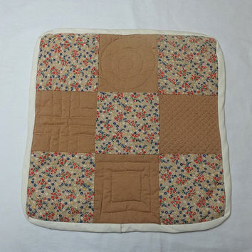 1980s Vintage Hand Made Quilted Doily or Wall Hanging Featuring Calico & Tan Squares, Muslin Backing, Vintage Doilies, 1980s Home Decor