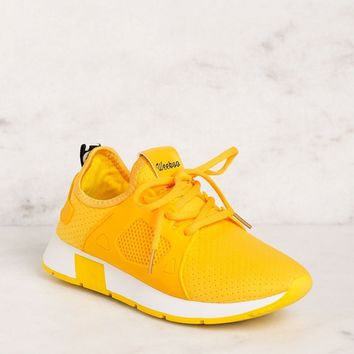 Running Circles Yellow Sneakers