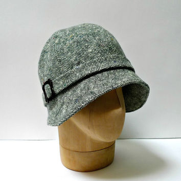 Womens Cloche in Vintage Green Tweed - 1920s Cloche Hat