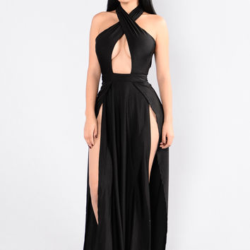 Curve Appeal Dress - Black