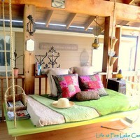 DIY Projects / Hanging Around: How To Make a Hanging Bed Life at Fire Lake Camp | Apartment Th