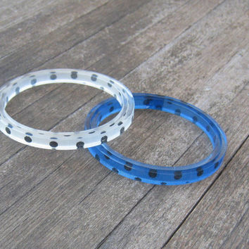 Pair of Polka Dot Mod Bangles - Clear & Blue Polka Dot Bangles - 1980s Vintage Sample Sale Bangles - Dotty Clear/Blue Bangles