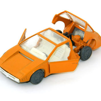 Orange Car Model Alfa-Romeo Iguana - Russian soviet vintage - Made in USSR - Scale 1:43 - metal and plastic