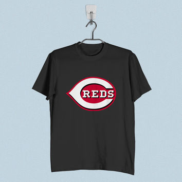 Men T-Shirt - Cincinnati Reds Logo