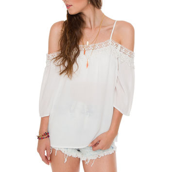 Genevive Lace Top - White