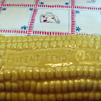 4 Corn on Cob Serving Dishes with Corn Holders