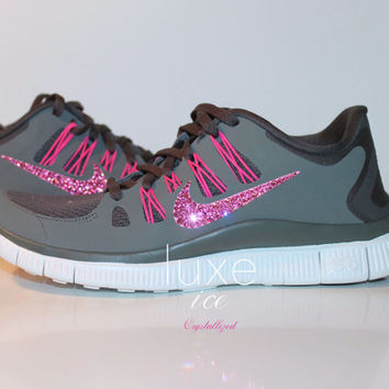 NIKE run free 5.0 running shoes w/Swarovski Crystals detail - Charred Grey