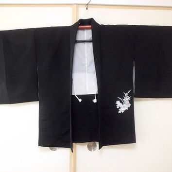 Vintage Black Silk Haori/ Black Kimono Jacket/ Vintage Jacket/ Silk Jacket/ Traditional Costume/ Vintage Fashion JA0004VH