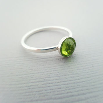Peridot Ring - Sterling Silver Ring - Gemstone Ring - Green Ring - August Birthstone - Ring Size 7 - Stacking Ring - Dainty Ring