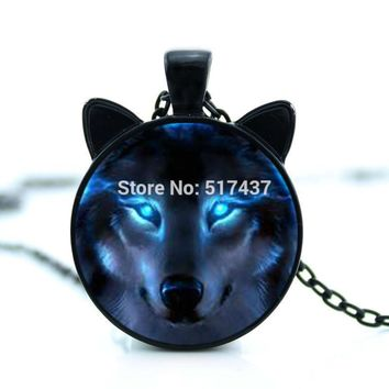 2017 New Nordic Wiccan Wolf Necklace