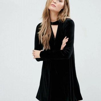 new winter dress fashion sexy V velvet collar long sleeved dress