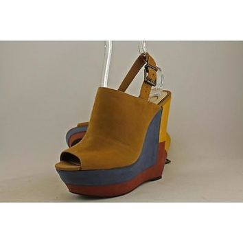 Jessica Simpson Radina Wedge Sandal, Honey Brown