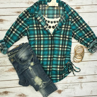 Fit to Be Tied Plaid Flannel Top: Green