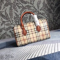 BURBERRY WOMEN'S LEATHER HANDBAG
