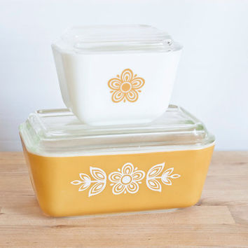 Butterfly Gold Pyrex Refrigerator Dish Set, Harvest Gold Pyrex Storage Containers, 501 502