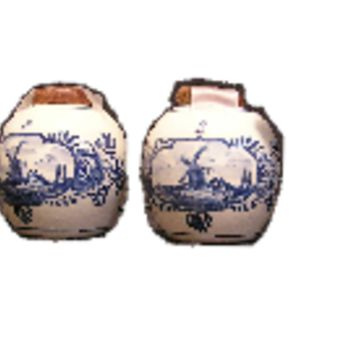 DELFT BLAUW Salt and Pepper Shaker
