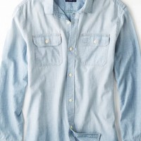 AEO Men's Denim Workwear Shirt (Light Blue)