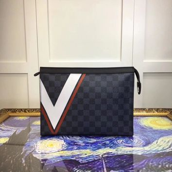 Lv Louis Vuitton Men Pochette Voyage Hand Bag