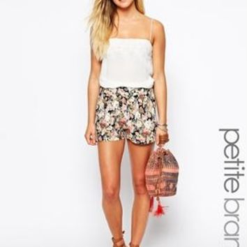 New Look Petite | New Look Petite Floral Print Short at ASOS