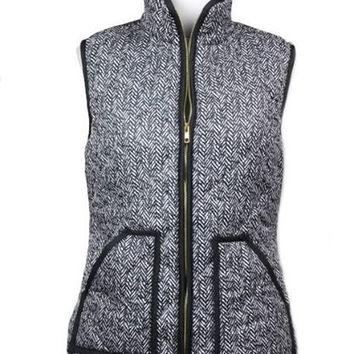 Highlands Herringbone Puffer Vest - Black + White