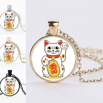 Fashion Men Women Necklaces Jewelry Maneki Neko Statement Necklaces Lucky Cat Glass Cabochon Pendant Necklaces Best Friends Gift