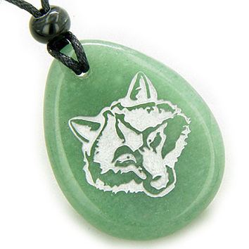 Lucky and Protection Wolf Head Amulet Green Quartz Pendant Necklace