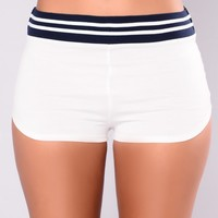Mile High Club Shorts - White/Navy