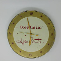 Retro Style Vintage Beauty Salon Wall Clock Realistic Hair Beauty Working Clock