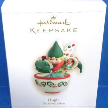 2006 Hugh The Merry Bakers Hallmark Retired Ornament