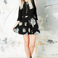 Kimchi Blue Snap Front Skater Skirt in Black - Urban Outfitters