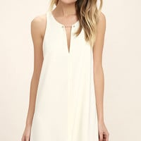 Near or Bar Cream Shift Dress