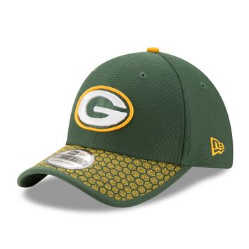 Green Bay Packers NFL17 Sideline 39THIRTY Flex Fit Hat By New Era