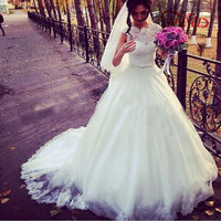 Gorgeous Arabia Lace Ball Gown Wedding Dresses Scoop Short Sleeve With Bow 2017 White Wedding Gowns Robe de Mariage Bridal Gowns